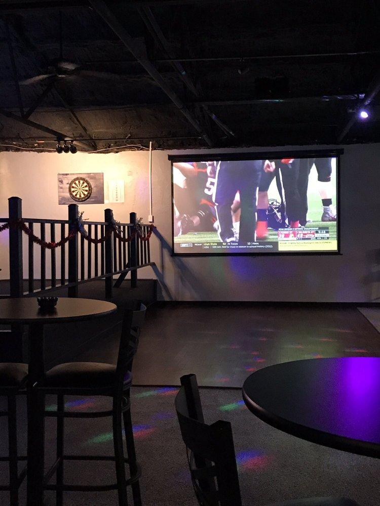 Biere Bar: 5032 4th St, Marrero, LA