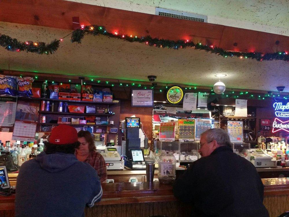 Mapleview Lounge & Bottle Shop: 204 Broadway, Austin, MN