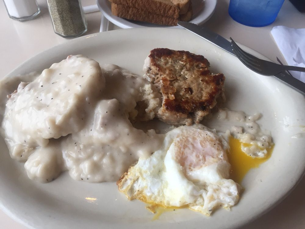 Riverview Restaurant: 33280 State Rte 7, New Matamoras, OH