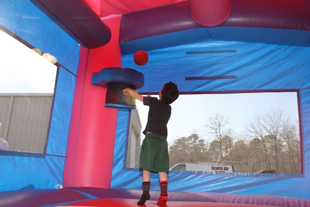 4-Kid-Inflatables: Wade, NC