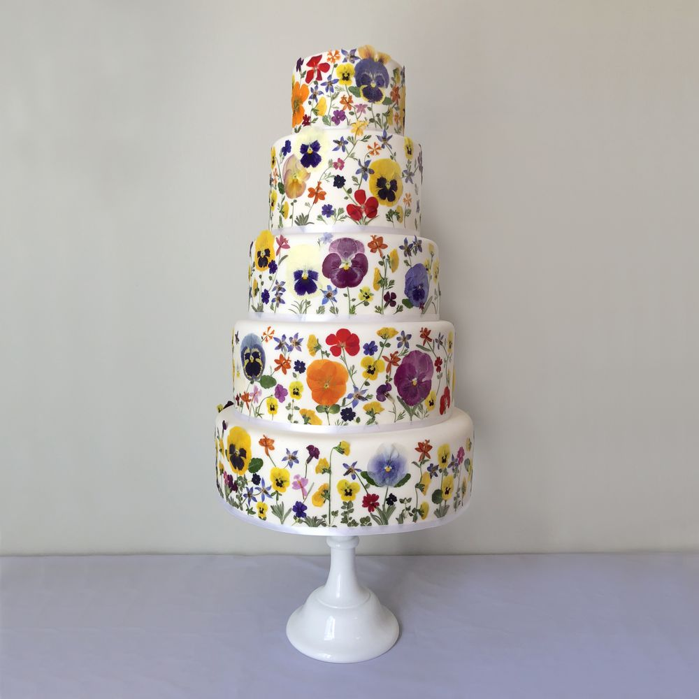 Pressed Wedding Flowers: Lush Summer Wedding Cake! Edible Pressed Flowers Cake