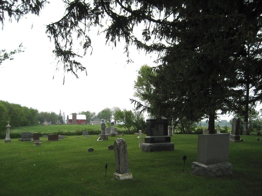 Mentor Fay Cemetery: 2650 110th St, Fredericksburg, IA