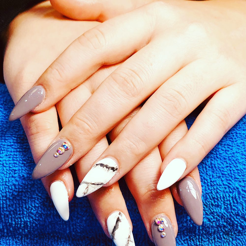 Dayton Nails & Spa: 705 Shroyer Rd, Dayton, OH