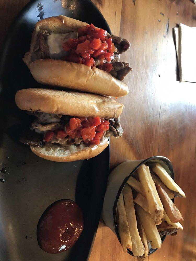 Cafe At Farm Station: 7150 Farm Station Rd, Warrenton, VA