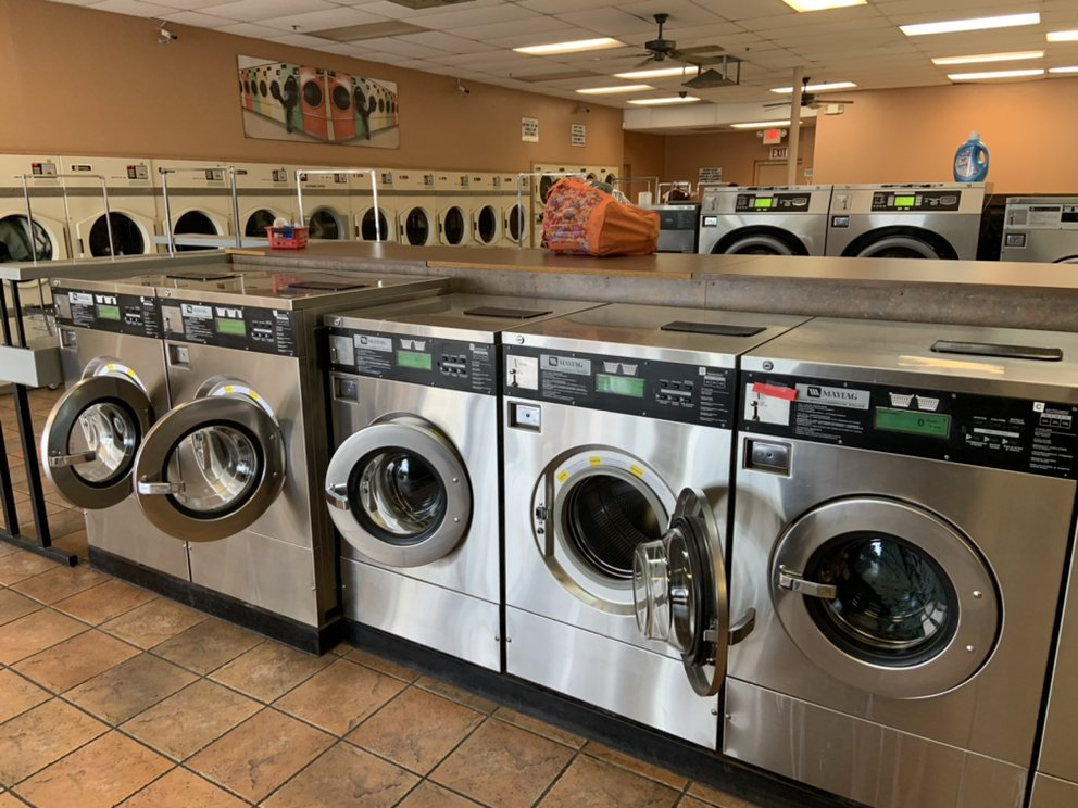 Campbell Coin Laundry & Cleaners: 1800 E Fort Lowell Rd, Tucson, AZ