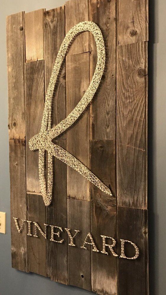 Rhodes Vineyard: 5888 Colorado Rd, Mariposa, CA