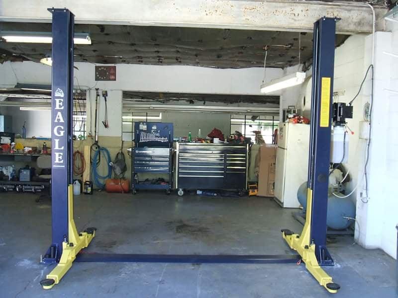Pat's Garage: 909 W King St, Hillsborough, NC