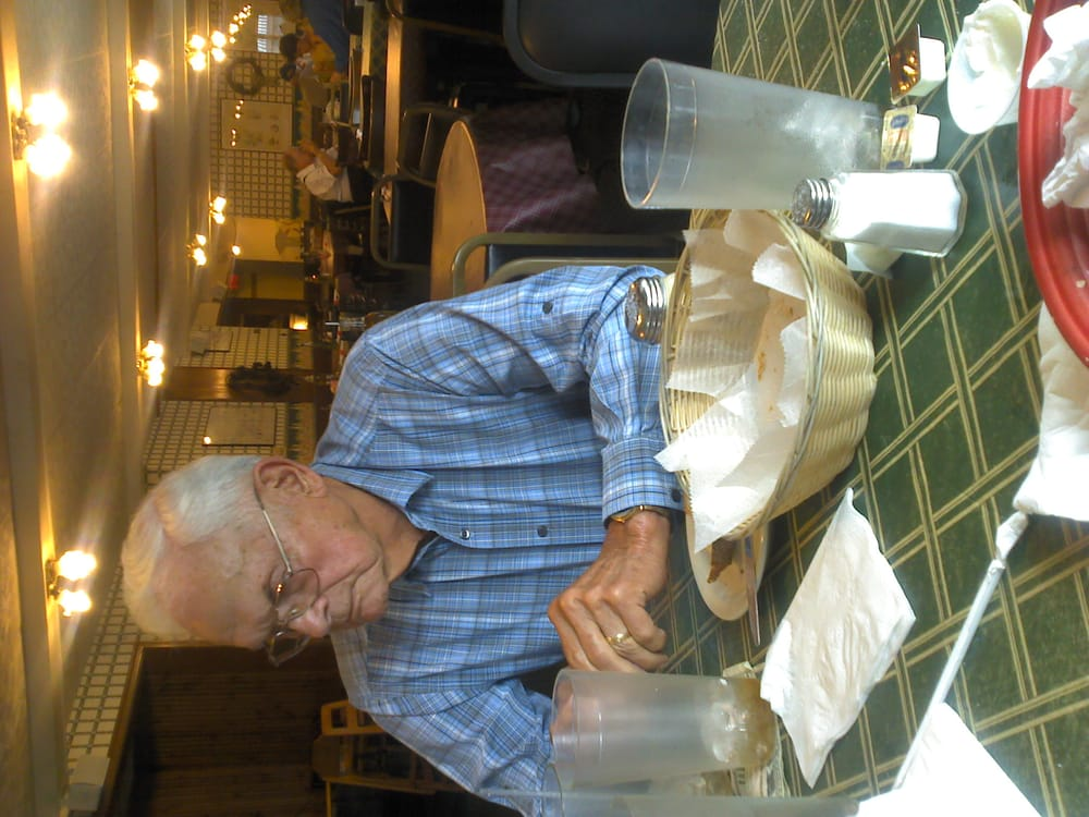 Antone's Italian Cafe: 36 S Main St, Columbiana, OH