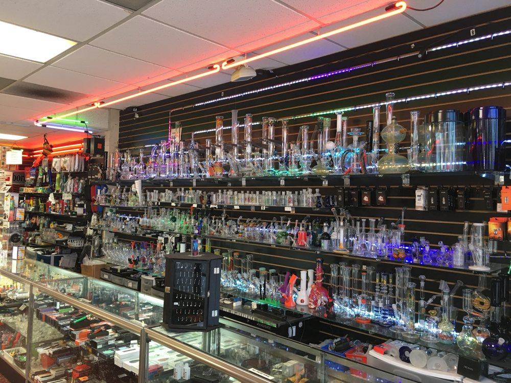 Wonderland Smoke Shop: 40900 Fremont Blvd, Fremont, CA