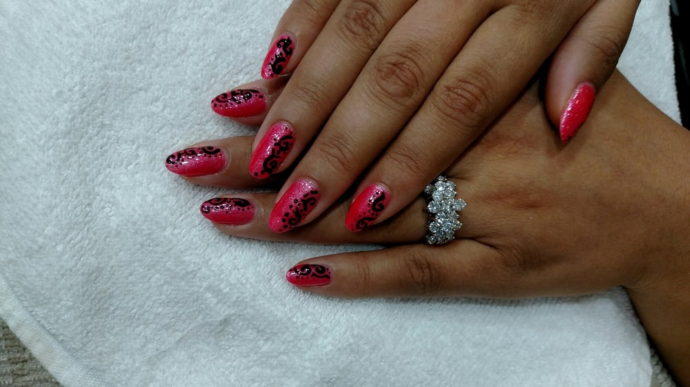 Nails by Neil, design by Mya! Forgive my extremely pregnant swollen ...