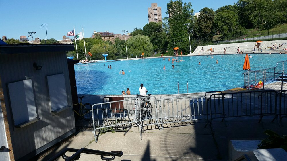 Lasker Pool 22 Reviews Swimming Pools Central Park Between 106th 108th St Central Park