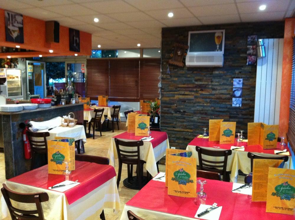 Le jardin d italie restaurants 6 place de la grille for Restaurant jardin yvelines
