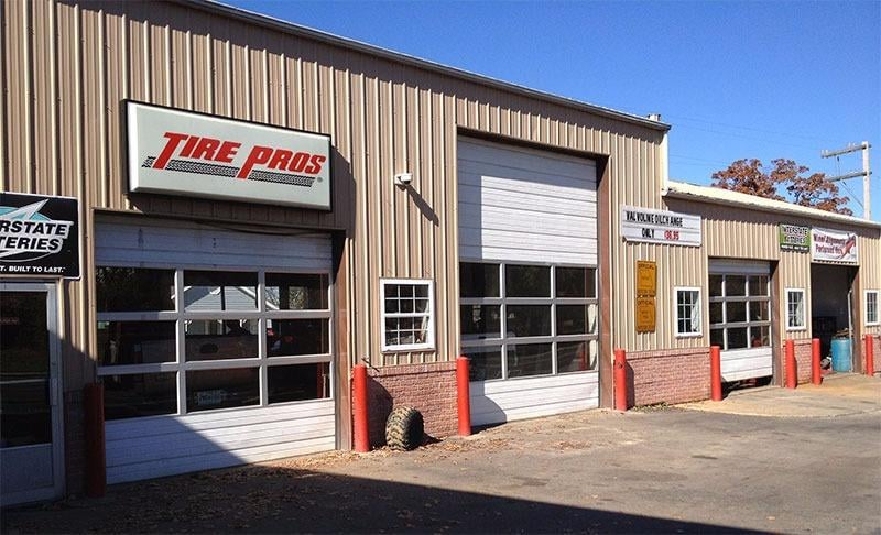 Rinne's Tire Pros: 243 S Main St, Licking, MO