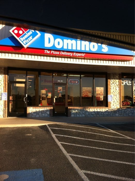 Domino's Pizza: 109 S Ranch House Rd, Willow Park, TX
