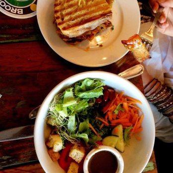 Berkli Parc Cafe  Delancey St New York Ny