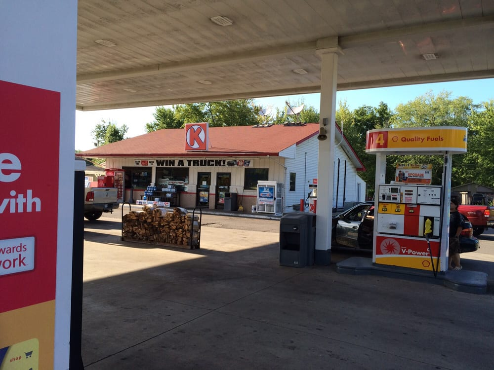 Circle K: 714 W Main St, Austin, IN
