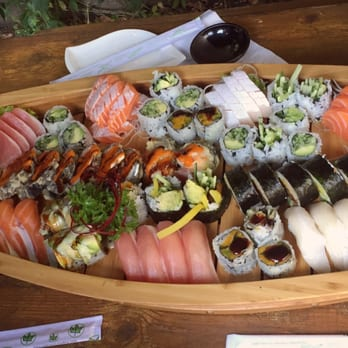 Uber Toronto Phone Number >> Sushi On Roncy - 36 Photos & 44 Reviews - Sushi Bars - 293 Roncesvalles Avenue, Roncesvalles ...