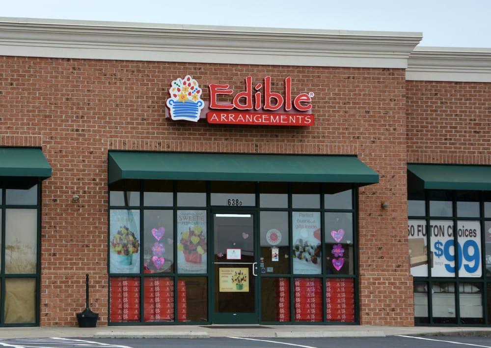 Edible Arrangements: 638 River Hwy, Mooresville, NC