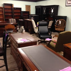 Waxhaw furniture factory outlet world 10 avaliacoes for Furniture factory outlet world