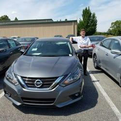 Landers Mclarty Nissan >> Landers Mclarty Nissan 10 Photos 33 Reviews Car Dealers 6520