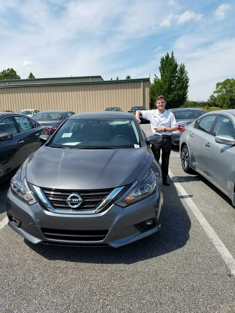 Photo Of Landers McLarty Nissan   Huntsville, AL, United States. This Is My
