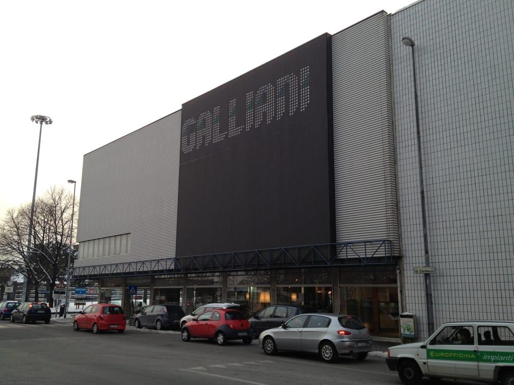 galliani host arredamenti negozi d 39 arredamento via