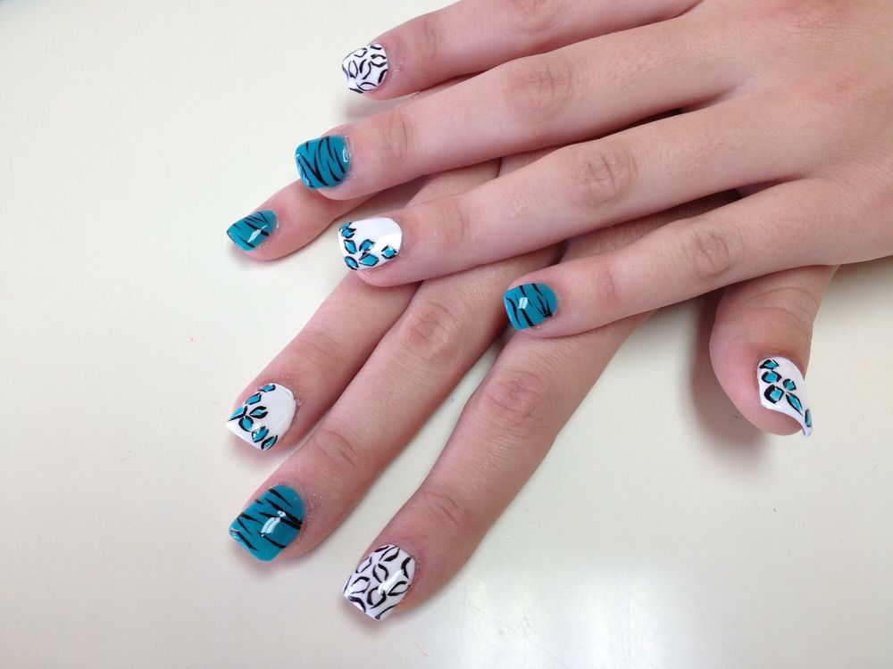 Shellac Nails & Spa: 4404 NW Cache Rd, Lawton, OK