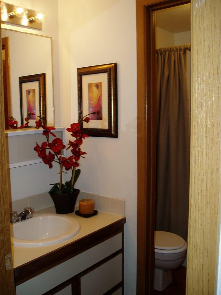 2 Bedroom Bathroom Yelp