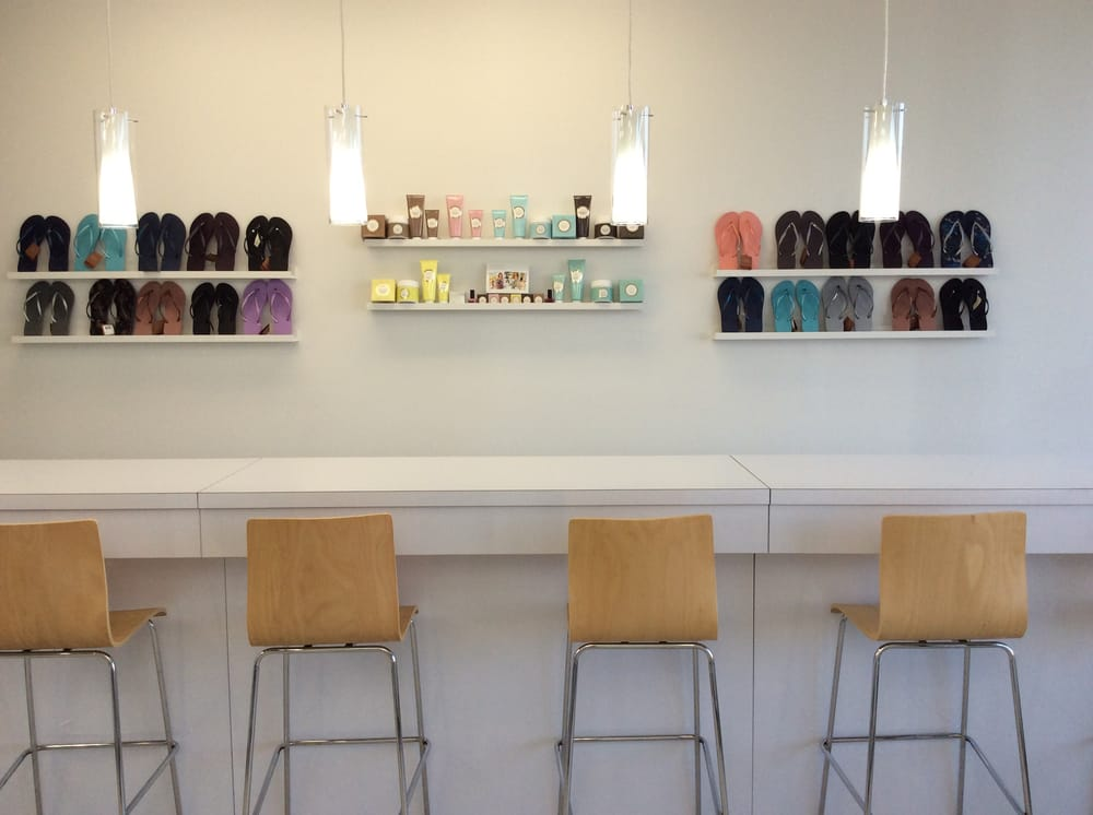 Smudge Nail Bar - 12 Reviews - Nail Salons - 1036 Great Plain Ave ...