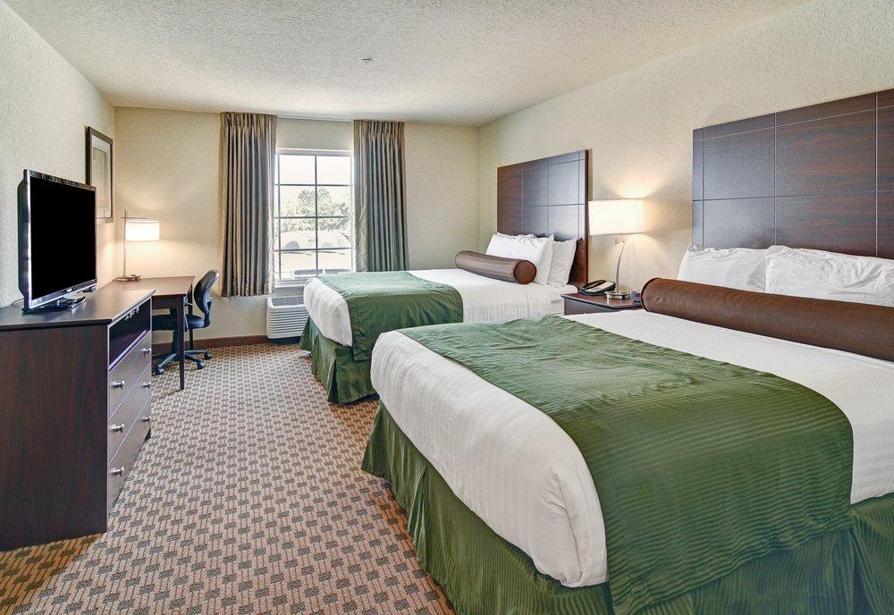 Cobblestone Inn & Suites - Big Lake: 1318 E US Hwy 67, Big Lake, TX