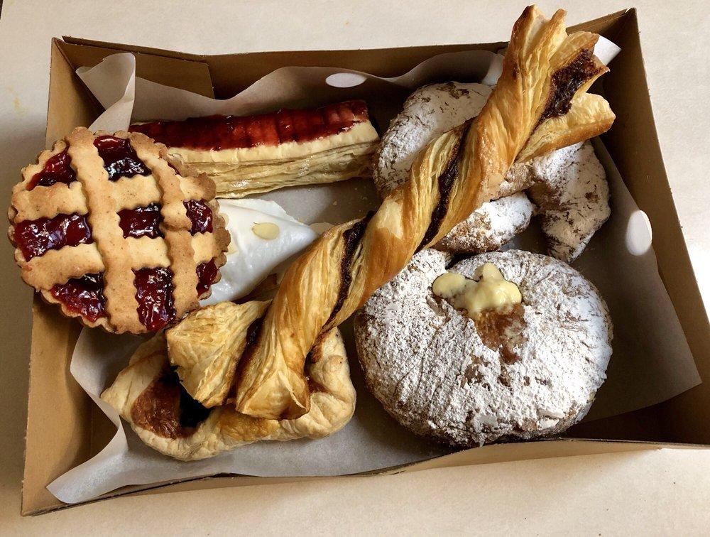Tantardini's European Bakery-Deli: 2931 Churn Creek Rd, Redding, CA