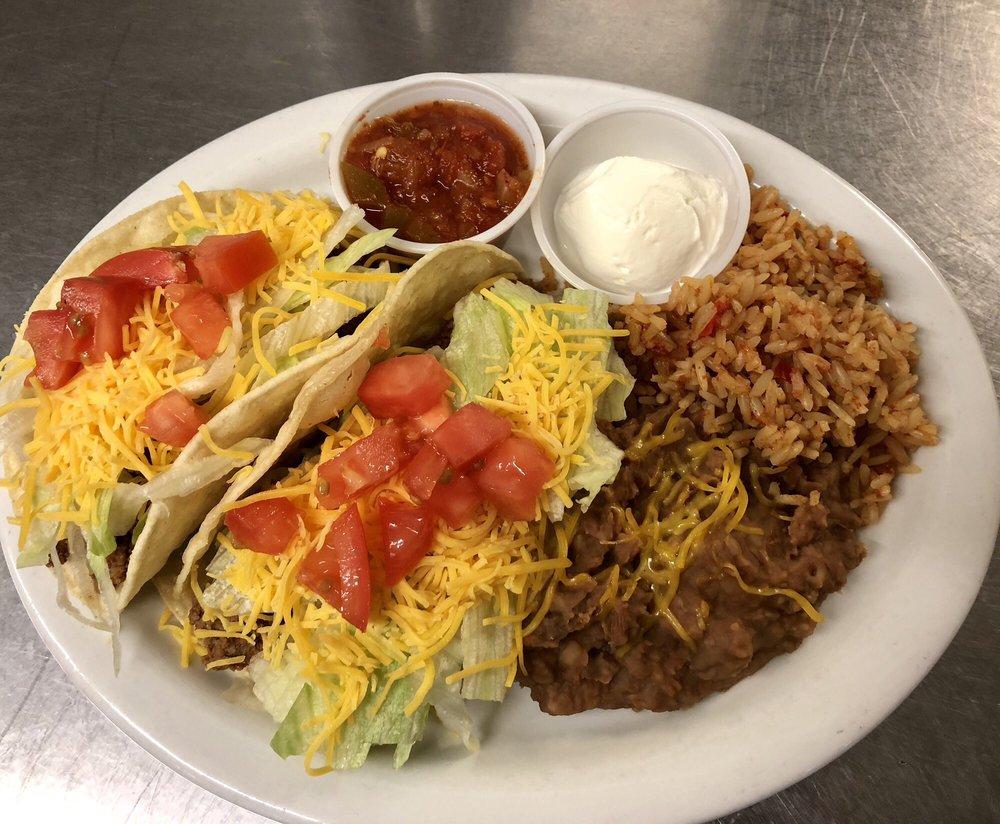 Stroke's Bar & Grill: 8010 Riverside Dr, Parker, AZ