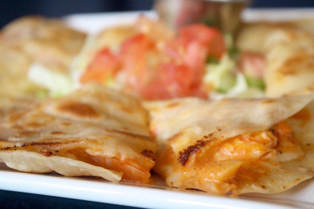 La Escondida Mexican Grill: 400 W Parkwood, Friendswood, TX