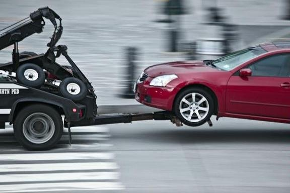 Towing business in Thomson, MN