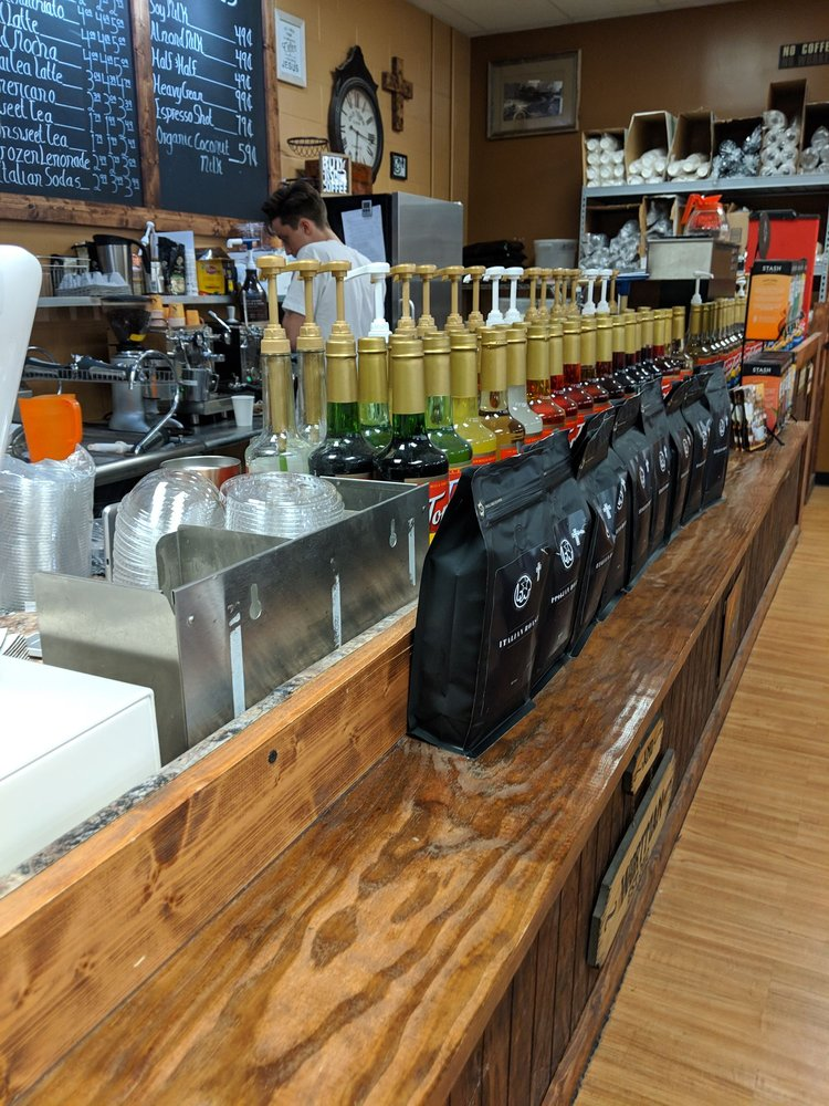 Barker & Wortman Fresh Coffee: 420 W Bandera, Boerne, TX