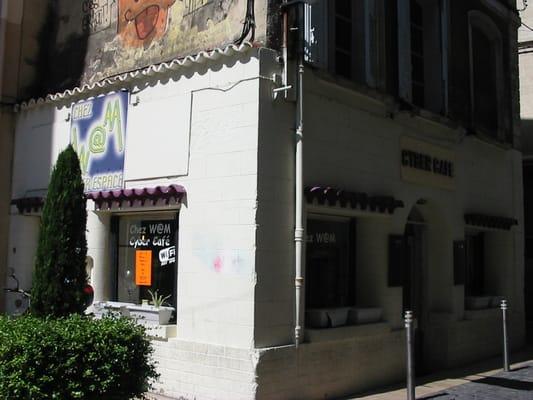 chez wam internet caff 34 rue bonneterie avignon vaucluse francia numero di telefono. Black Bedroom Furniture Sets. Home Design Ideas