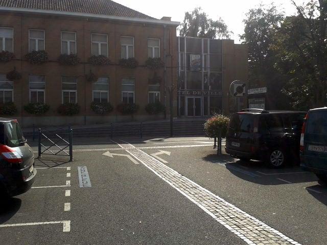 H tel de ville de wasquehal town hall 1 rue michelet for Piscine wasquehal