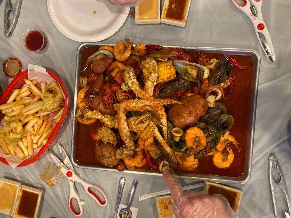 Seafood Bucket: 3333 State St, Salt Lake City, UT