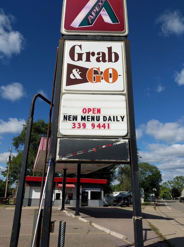 Grab N Go: 601 Main St, Friendship, WI