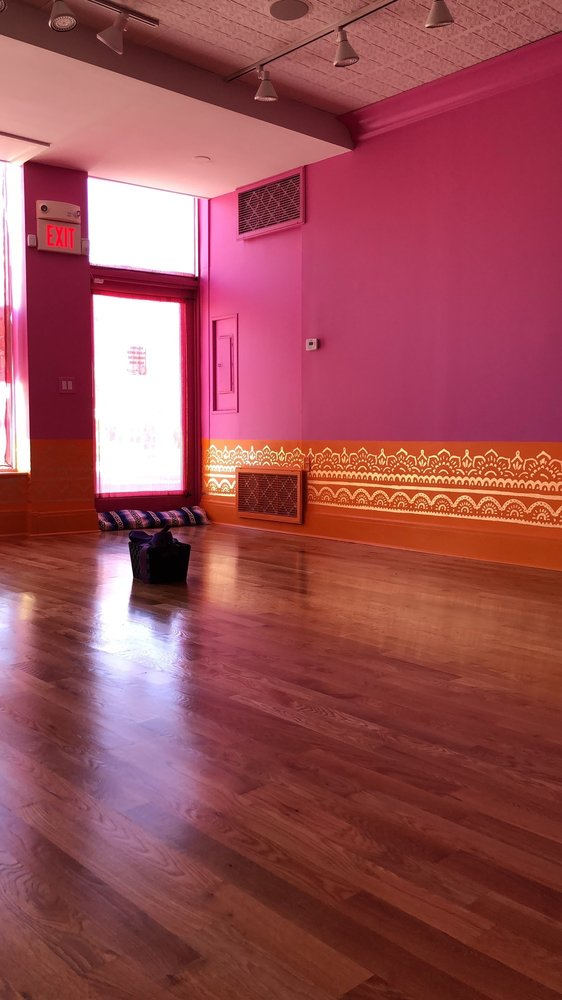 Bhakti Barn Yoga