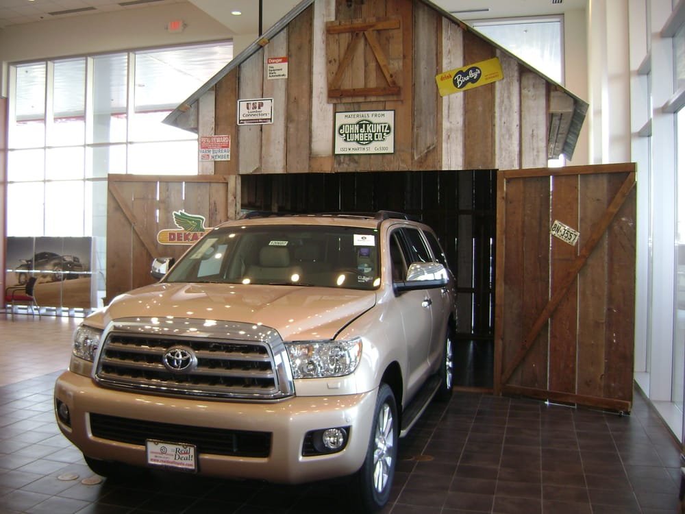 red mccombs automotive new toyota genesis ford autos post. Black Bedroom Furniture Sets. Home Design Ideas