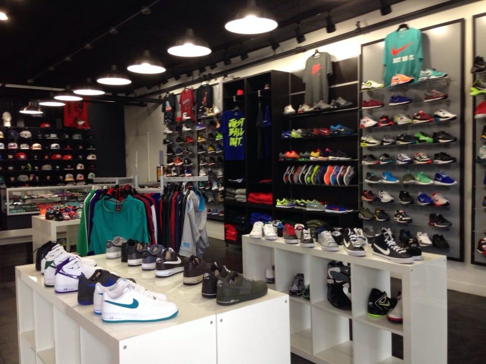 H and Y Sports: 695 E Gun Hill Rd, Bronx, NY