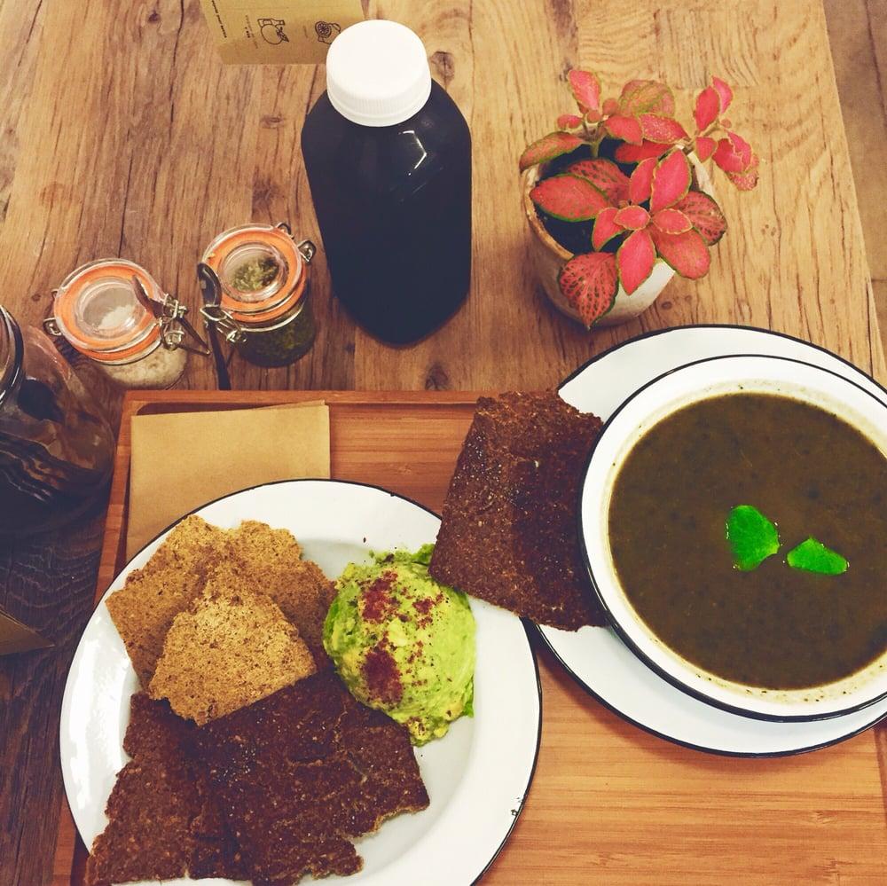 avo 39 toast soupe c leri rave r ti romarin pinards oignons bouillons de l gumes et une. Black Bedroom Furniture Sets. Home Design Ideas