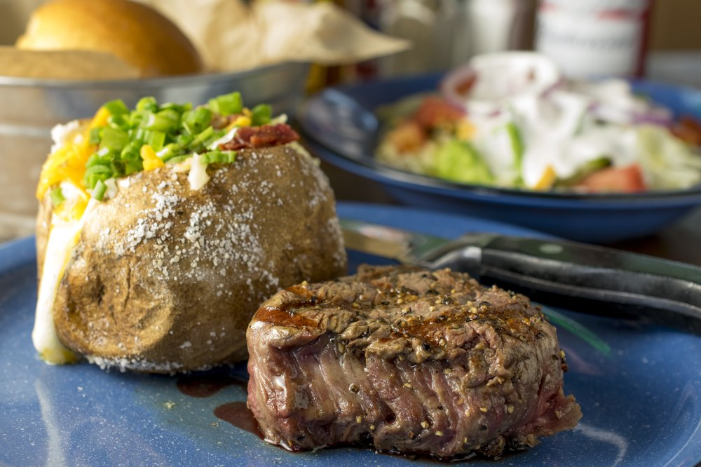 Hoffbrau Steak & Grill House: 7203 IH-40 W, Amarillo, TX