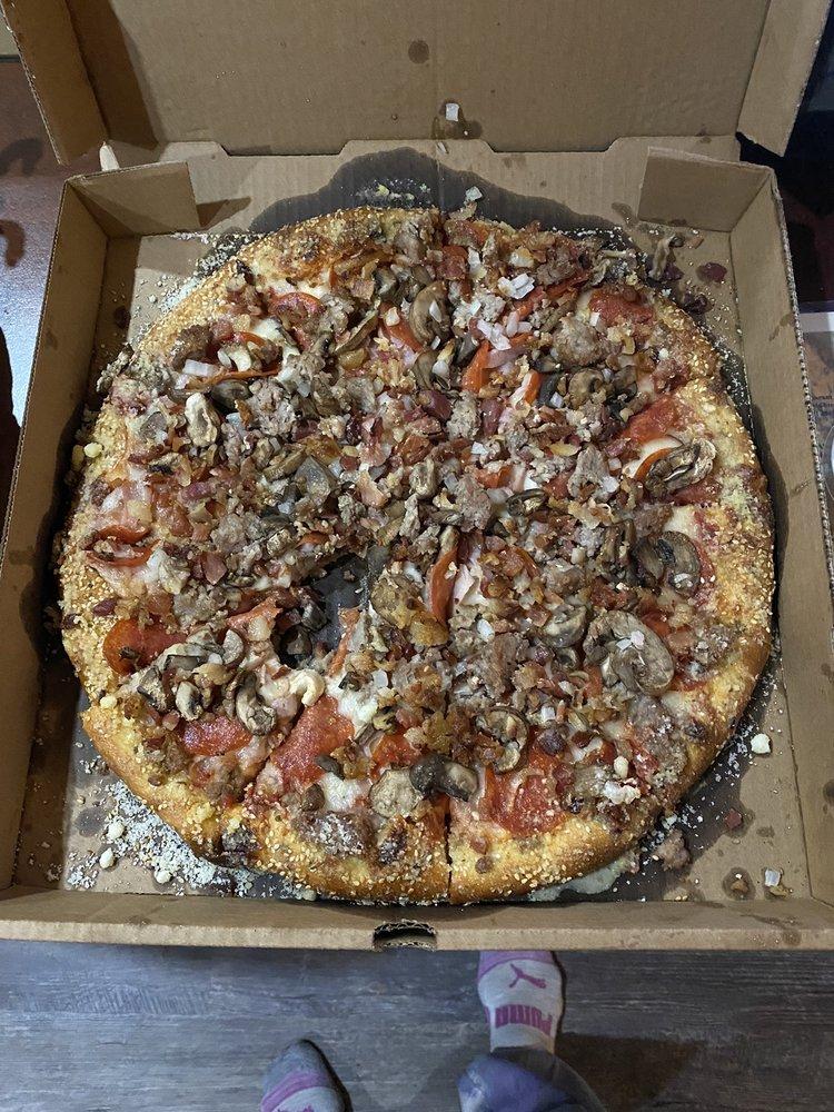 Pizza Dude: 326 S Kaiser St, Pinconning, MI