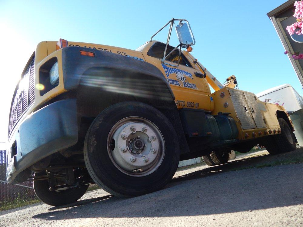 BumbleBee Towing & Recovery: 329 Hazel St, Kelso, WA