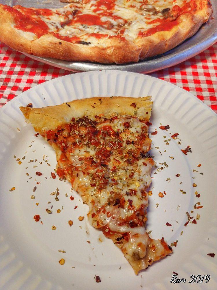 Joe's Pizza: 5 W Church St, Nanticoke, PA