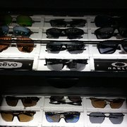 cf1e1fcb6cf96 Sunglass Hut - 23 Reviews - Sunglasses - 400 S Baldwin Ave