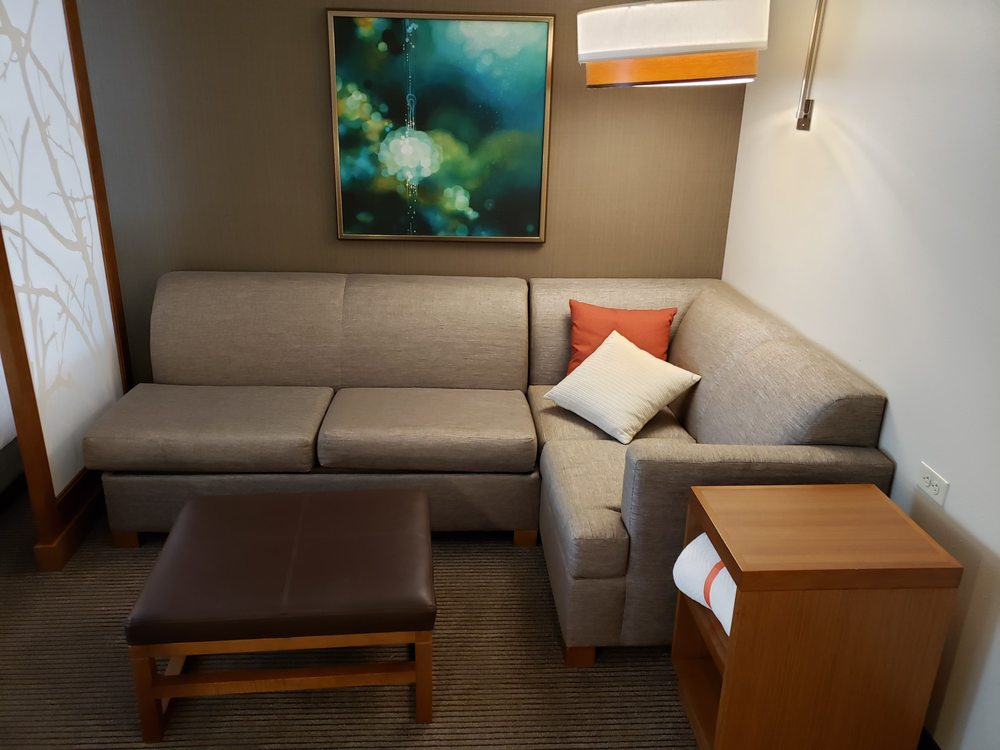 Hyatt Place Bloomington/Normal: 200 Broadway Ave, Normal, IL