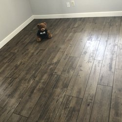 Bare Floors Photos Reviews Carpet Installation N - Vinyl flooring phoenix